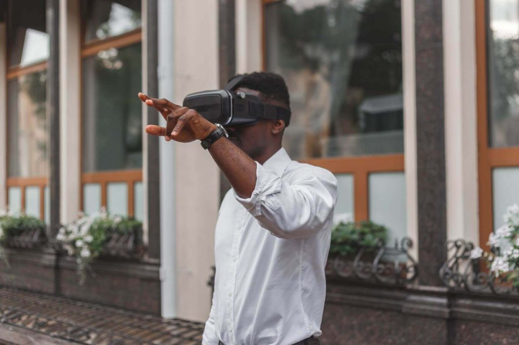 Augmented/ virtual reality is one of the many digital technology in retail stores used to enhance customer experience.